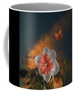 Coffee Mug featuring the photograph 4413 by Peter Holme III