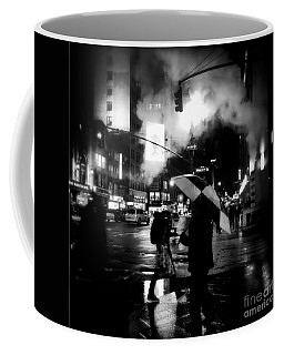 A Foggy Night In New York Town - Checkered Umbrella Coffee Mug