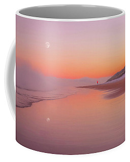 Coffee Mug featuring the photograph A Winters Morning by Roy McPeak