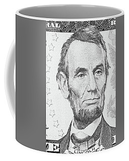Coffee Mug featuring the photograph Abraham Lincoln by Les Cunliffe