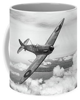 Coffee Mug featuring the photograph Al Deere In Kiwi IIi Bw Version by Gary Eason