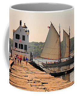 American Eagle At The Lighthouse Coffee Mug