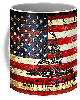 American Flag And Viper On Rusted Metal Door - Don't Tread On Me Coffee Mug