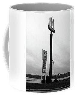 Coffee Mug featuring the photograph American Interstate - Illinois I-55 by Frank Romeo