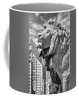 Art Institute In Chicago Lion Black And White Coffee Mug