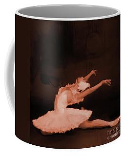 Ballet Dancer In White 01 Coffee Mug by Gull G