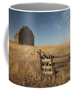 Barn On The Prairie Coffee Mug