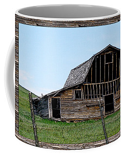 Coffee Mug featuring the photograph Barn by Susan Kinney