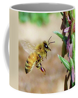 Beautiful Bee Coffee Mug