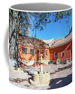 Beautiful Colonial Courtyard Coffee Mug