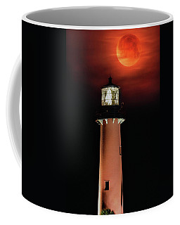 Blood Moon Rising Over Jupiter Lighthouse In Florida Coffee Mug