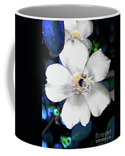Bright Blue Accents White Vinca Coffee Mug