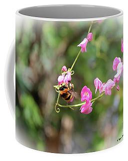 Bumble Bee2 Coffee Mug