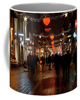 Coffee Mug featuring the photograph Busy Shoppers by Inge Riis McDonald