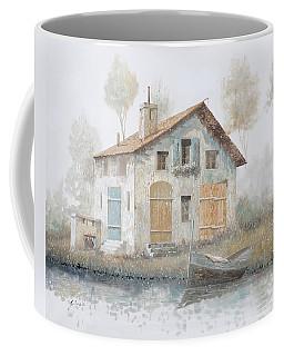 Casa Pallida Nella Nebbia Coffee Mug