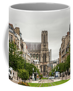 Cathedrale Notre-dame De Reims France On A Cloudy Day Coffee Mug