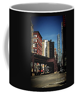 Chicago L Between The Walls Coffee Mug