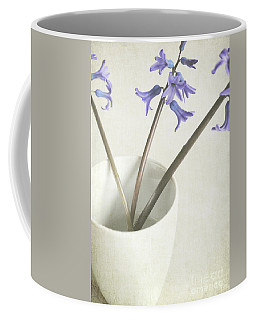 Coffee Mug featuring the photograph China Cup by Lyn Randle