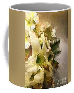 Christmas White Flowers Coffee Mug