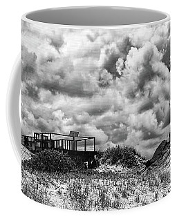 Coffee Mug featuring the photograph Cloudy Beach Black And White By Kaye Menner by Kaye Menner