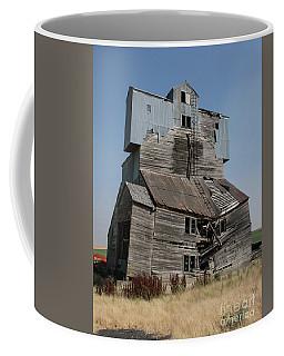 Collapsible Barn Coffee Mug