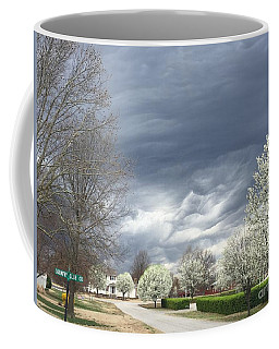 Country Club Circle Coffee Mug