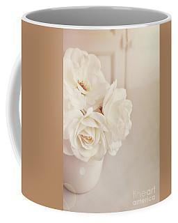 Cream Roses In Vase Coffee Mug
