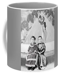 Coffee Mug featuring the photograph Cuenca Kids 896 by Al Bourassa