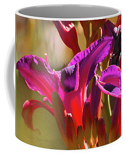 Daylily Abstract Colors - Beauty In The Garden Coffee Mug
