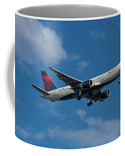Delta Air Lines 757 Airplane N668dn Coffee Mug