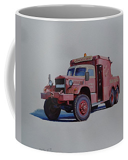 Diamond T Wrecker. Coffee Mug by Mike Jeffries