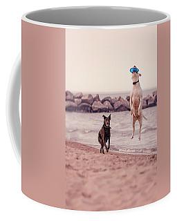 Dog With Frisbee Coffee Mug
