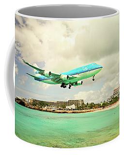 Dramatic Landing At St Maarten Coffee Mug