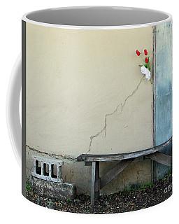 Coffee Mug featuring the photograph Exterior Decorator by Joe Jake Pratt