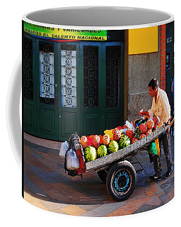 Fruta Limpia Coffee Mug