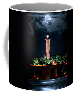 Full Moon Over Jupiter Lighthouse On Christmas Night 2015 Coffee Mug