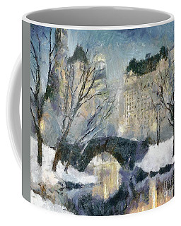 Gapstow Bridge In Snow Coffee Mug