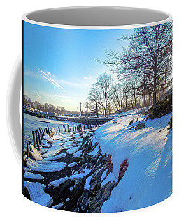 Glen Island Snowfall Coffee Mug