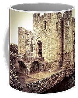 Glorious Raglan Castle Coffee Mug