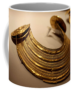 Gold Collar 800 Bc Coffee Mug