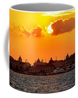 Golden Sky In Cancun Coffee Mug