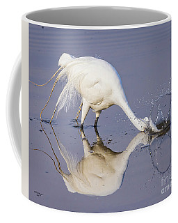 Great Egret Dipping For Food Coffee Mug