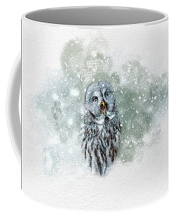 Great Grey Owl In Snowstorm Coffee Mug