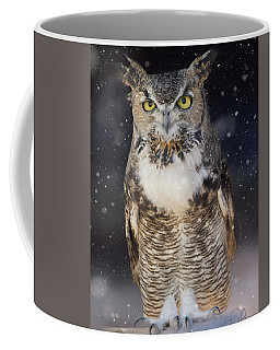 Great Horned Owl In The Snow Coffee Mug