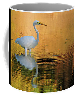 Great White On Gold Coffee Mug