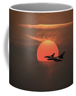 Gulf War Sunset Departure Coffee Mug by Gary Eason