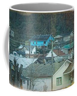 Coffee Mug featuring the photograph Harlan Ky by Lars Lentz