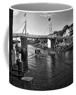 Heading To Sea - Perkins Cove - Maine Coffee Mug