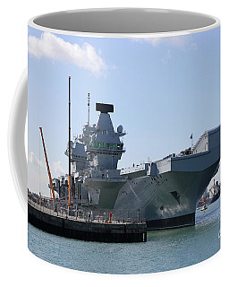 Hms Queen Elizabeth Aircraft Carrier At Portmouth Harbour Coffee Mug