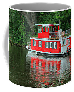 Houseboat On The Mississippi River Coffee Mug by Teresa Zieba